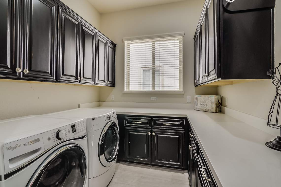 smart space/laundry room
