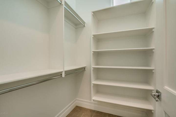 Guest closet 2